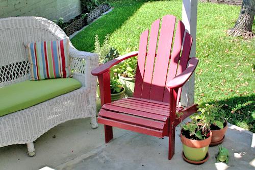Red_adirondack_chair