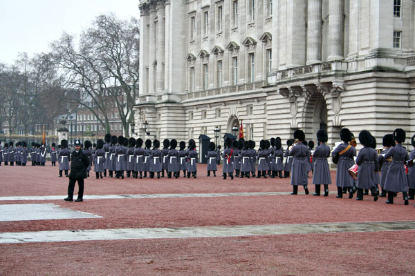 Changing-of-the-guards-2