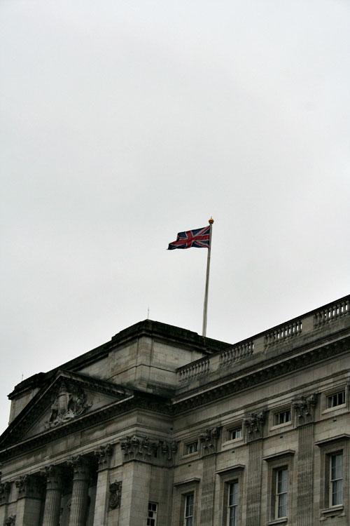 Buckingham-palace-3