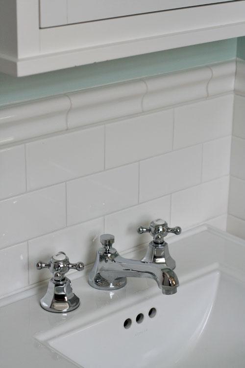 Small-bathroom-2