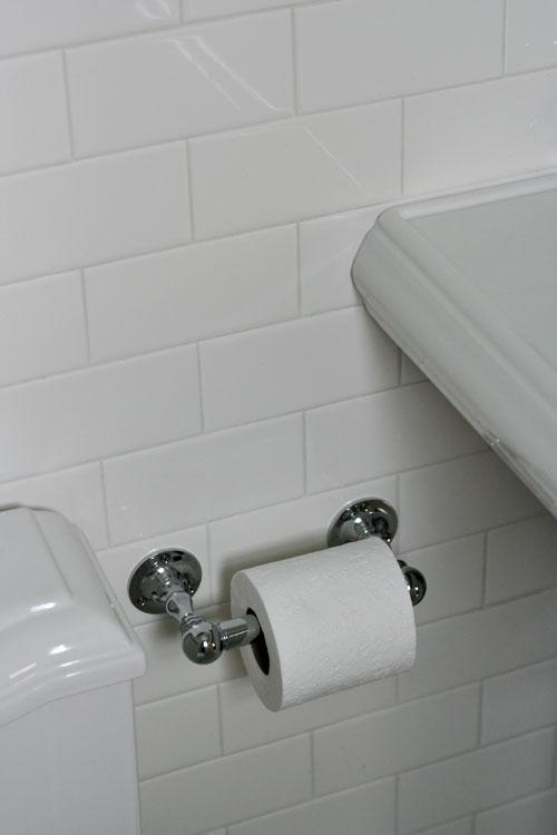 Small-bathroom-7