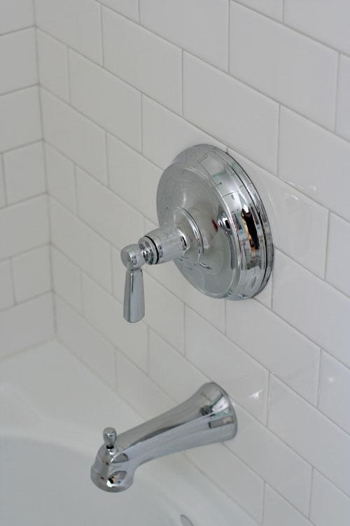 Small-bathroom-11