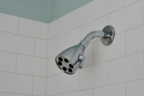 Small-bathroom-12