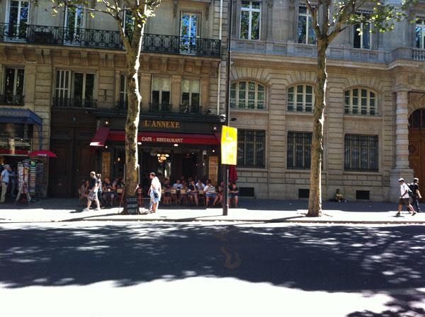Paris105