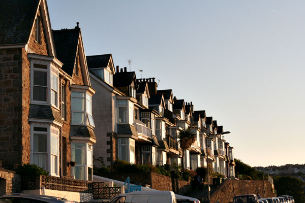 Park-avenue-st-ives-at-dusk
