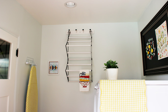 Suziebeezieland-laundry-room-ironing-board