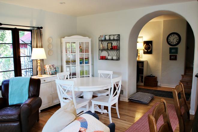 Suziebeezieland | dining room