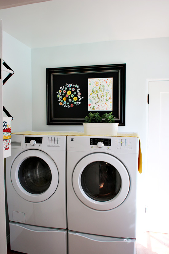 Suziebeezieland-laundry-room-machines