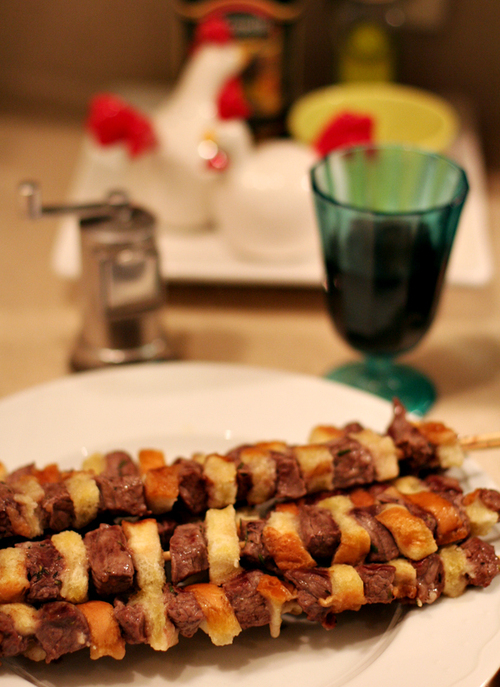 Beef_and_bread_kebabs_3